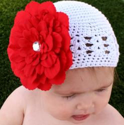 Red and White Holiday Five-piece Crocheted Kufi Hat Set - Thumbnail 2