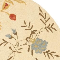 Safavieh Handmade Blossom Beige Wool Area Rug (6' Round) - Thumbnail 1