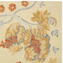 Safavieh Handmade Blossom Beige Wool Rug with Cotton Canvas Backing (8' x 10') - Thumbnail 1