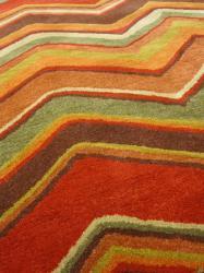Hand-tufted Red/ Brown Geometric Wool Rug (8' x 11') - Thumbnail 2