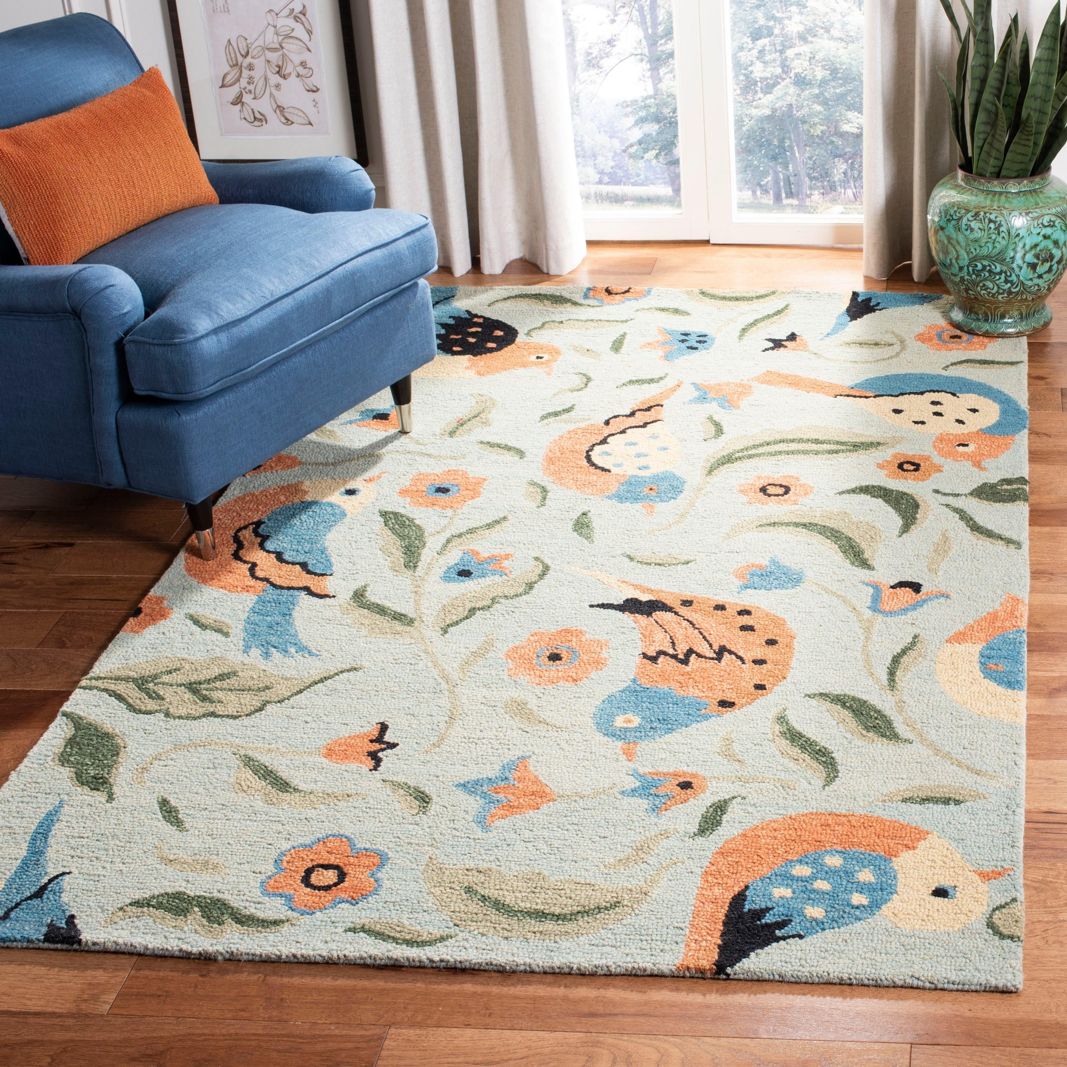 Safavieh Handmade Blossom Swallow Sage Wool Rug (6' Round...