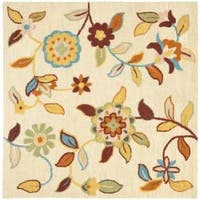 Safavieh Traditional Handmade Blossom Beige Wool Rug - 6' x 6' Square