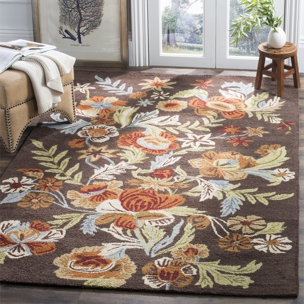 Safavieh Handmade Blossom Brown Wool Rug - 6' x 6' Square