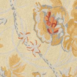 Safavieh Traditional Handmade Blossom Beige Wool Rug (6' Round) - Thumbnail 2