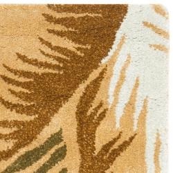 Safavieh Handmade New Zealand Wool Fern Beige Rug (2' x 3') - Thumbnail 1