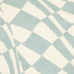 Safavieh Handmade New Zealand Wool Nero Blue Rug (6' Round) - Thumbnail 2