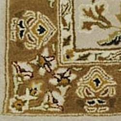 Hand-tufted Royal Garden Sunburst Beige Rug (8' x 11')