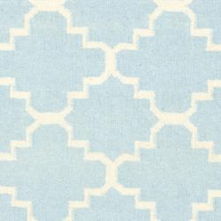 Safavieh Hand-woven Moroccan Reversible Dhurrie Light Blue/ Ivory Wool Area Rug (4' x 6') - Thumbnail 2