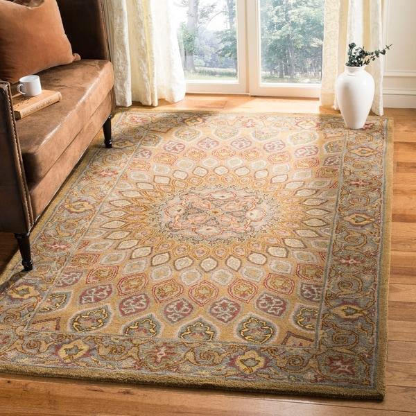 Safavieh Handmade Heritage Timeless Traditional Light Brown/ Grey Wool Rug - 8'3 x 11'