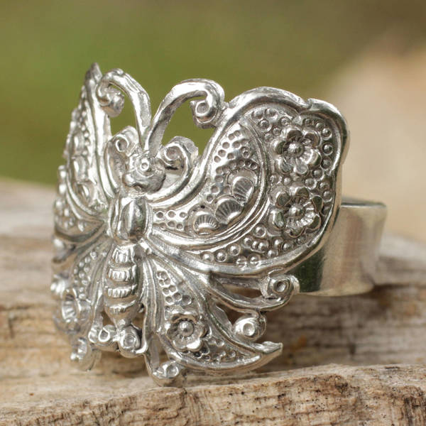Handmade Sterling Silver 'Spring Butterfly' Cocktail Ring (Thailand)