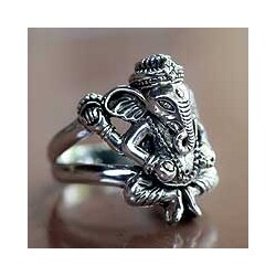 Men's Sterling Silver 'Lord Ganesha' Ring (Indonesia)