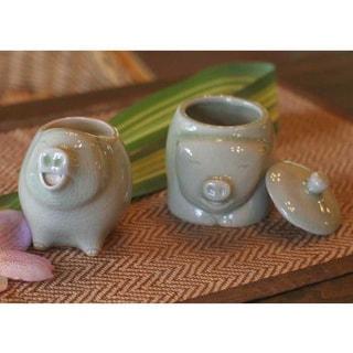 Handmade Set of 2 Ceramic 'Piggy Cheer' Sugar Bowl and Creamer (Thailand)