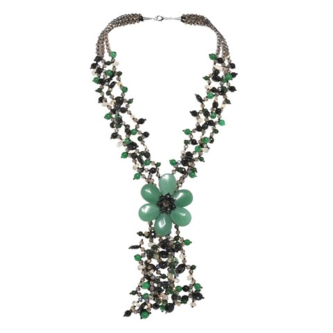 Handmade Sterling Silver Agate and Onyx Green Daisy Necklace (Thailand)