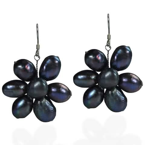 Handmade Sterling Silver Freshwater Black Pearl Flower Earrings (Thailand)
