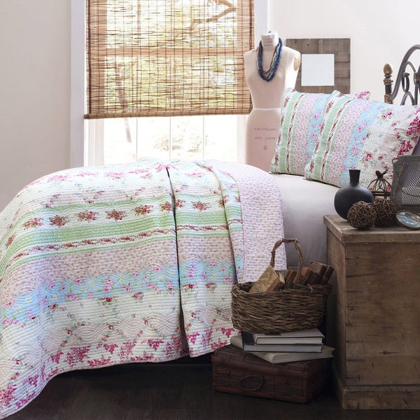 Wild Rose Enchantment Patchwork 3-piece Quilt Set - Free Shipping ... : patchwork quilt set - Adamdwight.com