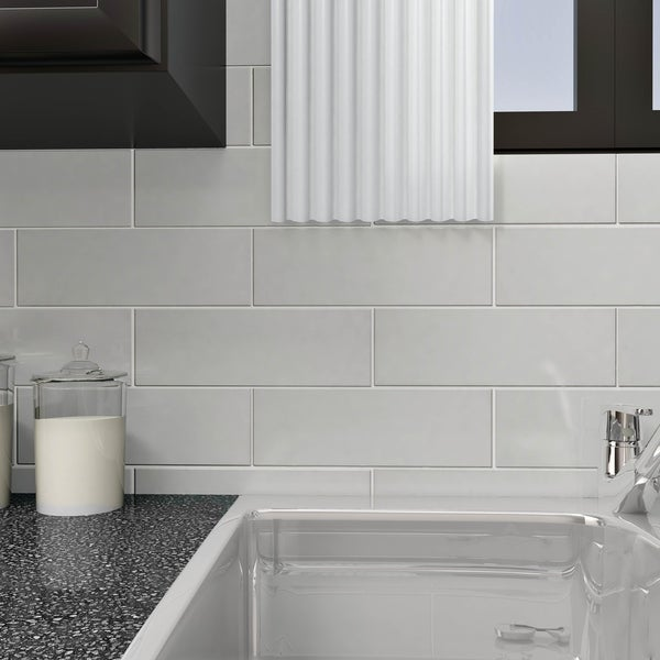 Somertile 4x12 Inch Reflections Grand Subway Ice White Gl Wall Tile 30 Tiles