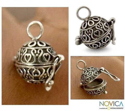 Handmade Sterling Silver 'My Prayers' Locket Pendant (India)