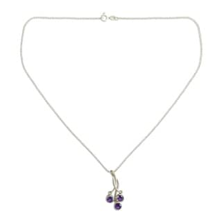 Handmade Sterling Silver 'Lilac Trio' Amethyst Necklace (India)