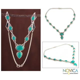Handmade Sterling Silver 'Sky Dream' Magnesite Necklace (India)