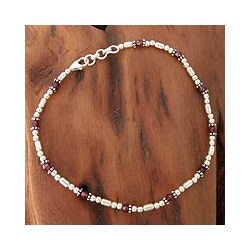 Handmade Sterling Silver 'Red Romance' Garnet Anklet (India) - Red
