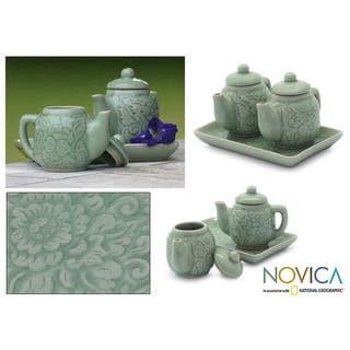 Handmade Set of 2 Celadon Ceramic 'Inseparable' Condiment Set (Thailand)