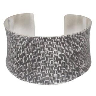 Handmade Sterling Silver 'Northern Inspiration' Cuff Bracelet (Thailand)