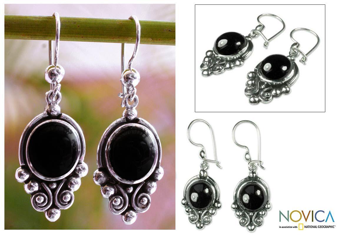 Sterling Silver 'Praise Love' Black Spinel Earrings (Guatemala)