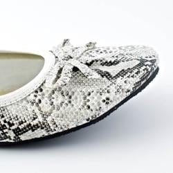 Fit In Clouds White Foldable Faux-leather Flats with Rubber Outsole - Thumbnail 1