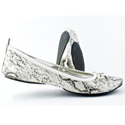 Fit In Clouds White Foldable Faux-leather Flats with Rubber Outsole