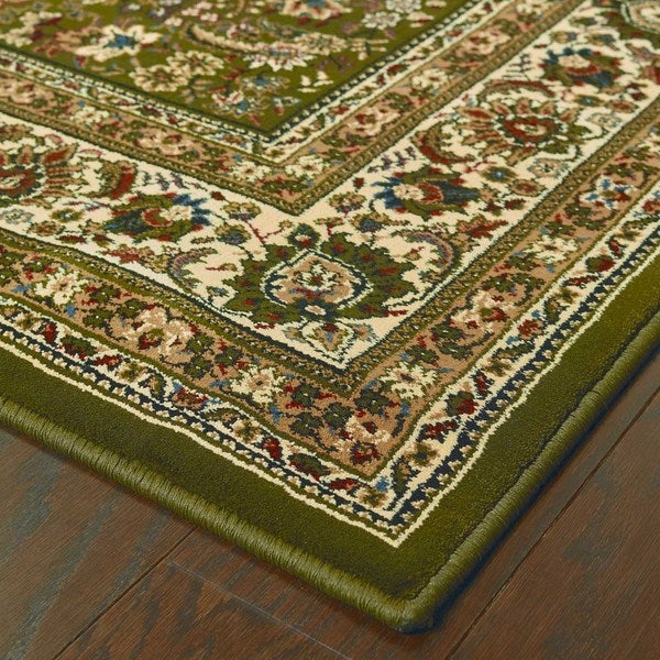 Astoria Green/ Ivory Traditional Area Rug (10' x 12'7)