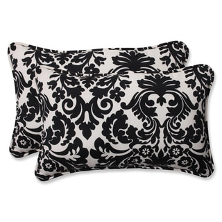 Pillow Perfect Decorative Black/ Beige Damask Outdoor Toss Pillows (Set of 2)
