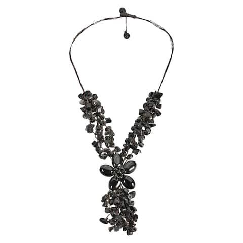 Handmade Adorable Black Onyx Stone Flower Cluster Rain Necklace (Thailand)