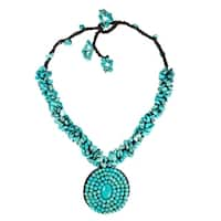 Handmade Blue Round Turquoise Mosaic Pendant Cluster Necklace (Thailand)