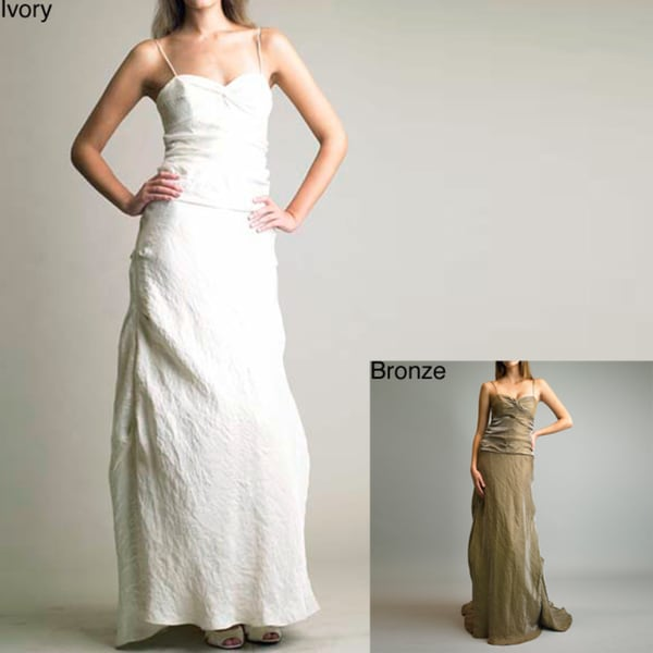 Issue New York Women's Crinkled Long Train Gown