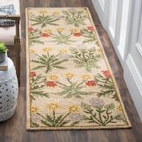 "Safavieh Handmade Blossom Beige Pure-Wool Rug (2'3"" x 8') - 2'3"" x 8'"