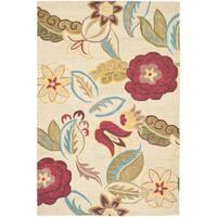 Safavieh Handmade Blossom Paisley Beige Wool Rug (4' x 6') - 4' x 6'
