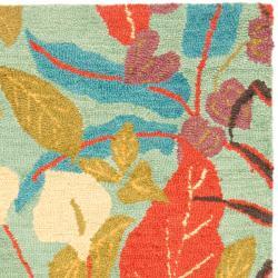 Safavieh Handmade Blossom Blue Wool Rug (4' x 6') - Thumbnail 1