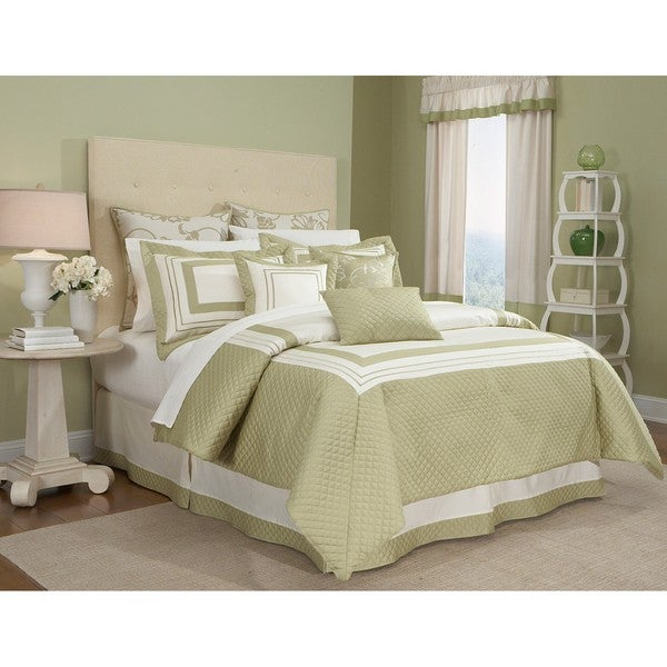 Walworth 4-piece Comforter Set