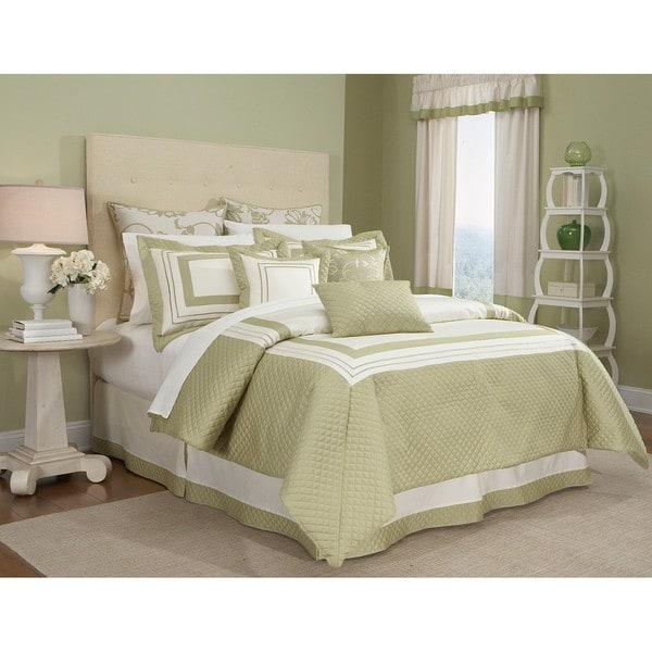 Walworth 4-piece Comforter Set