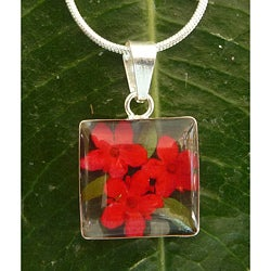 Handmade Sterling Silver Miniature Red Flower Bouquet Small Square Necklace (Mexico)