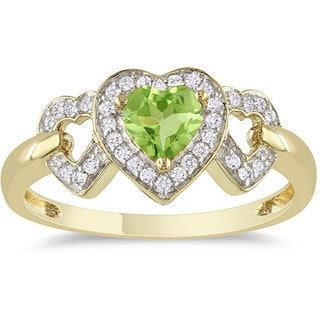 Miadora 10k Yellow Gold Peridot and 1/8ct TDW Diamond Heart Ring (G-H, I2-I3)