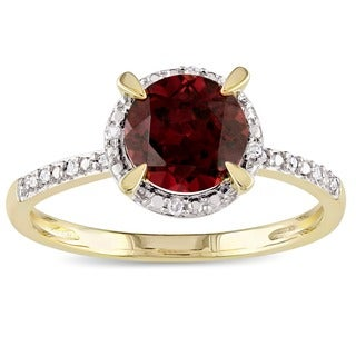 Miadora 10k Yellow Gold Garnet and Diamond Accent Ring (G-H, I2-I3)