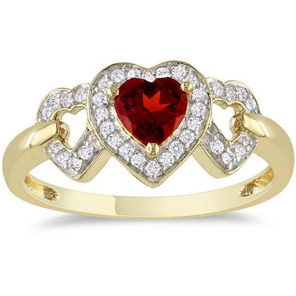 Miadora 10k Yellow Gold Garnet and 1/8ct TDW Diamond Heart Ring (G-H, I2-I3)
