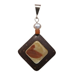 Handmade Beadwork By Julie Coconut and Mother of Pearl Pendant (7 mm) (Option: Brown)