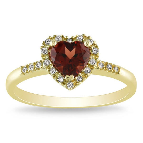 Miadora 10k Yellow Gold Garnet and 1/10ct TDW Diamond Ring (G-H, I2-I3)