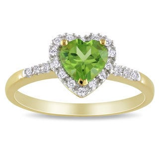 Miadora 10k Yellow Gold Peridot and 1/10ct TDW Diamond Heart Ring (G-H, I2-I3)
