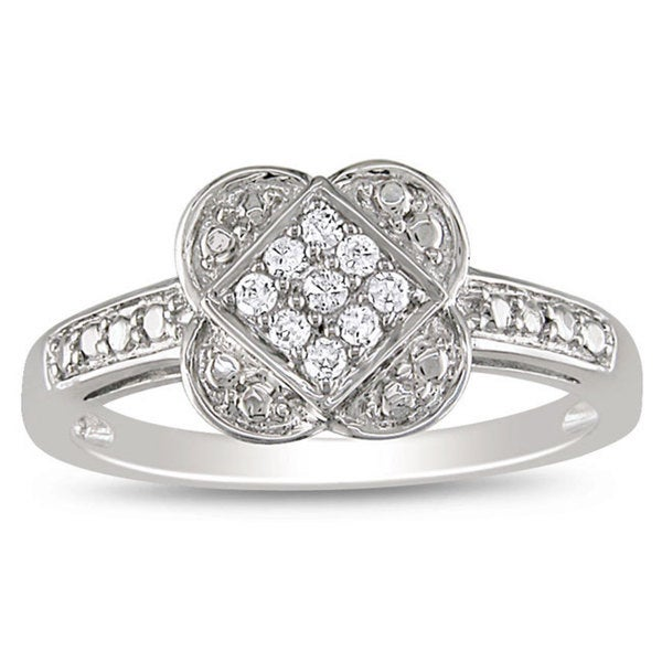 10k White Gold 1/10ct TDW Diamond Ring