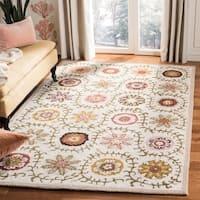 Safavieh Handmade Blossom Ivory Floral Wool Rug (2'3 x 8') - 2'3 x 8'