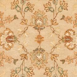 Safavieh Handmade Farahan Khaki/ Ivory Hand-spun Wool Rug (3' x 5') - Thumbnail 2