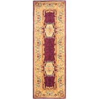 "Safavieh Handmade Aubusson Limours Burgundy/ Gold Wool Rug - 2'6"" x 8'"